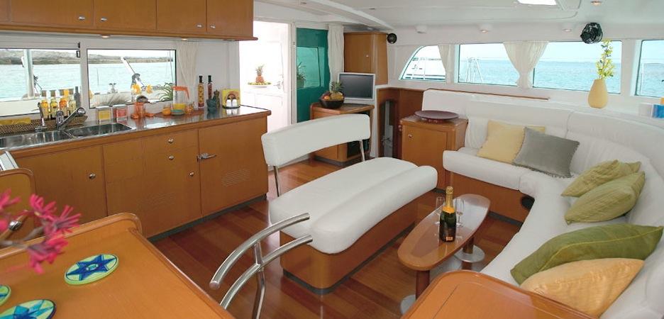 Lagoon 440 - Sole e Mare Noleggio Barche, Charter Nautico